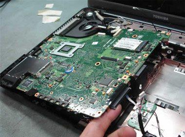 sua laptop duc hoa 2